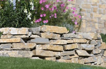 Murovací kameň